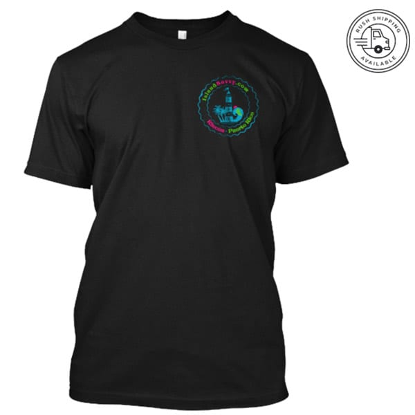Islandsavvy.com T-Shirt - Black - Front View